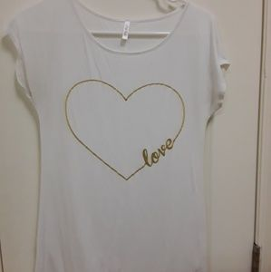 "PinkBlush Maternity ""Love"" white tee size S"